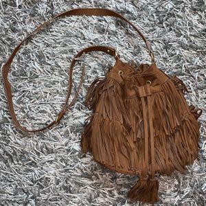 ✨ Faux Suede Fringe Crossboby Bucket Bag ✨